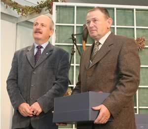 Ing. Šejvl převzal ocenění Zemědělský hospodář roku 2005